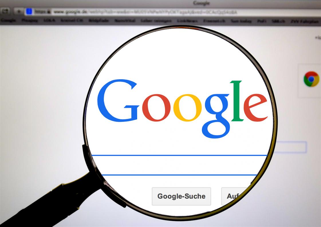 Po Facebooku aj Google potvrdil ruskú kampaň pred voľbami v USA