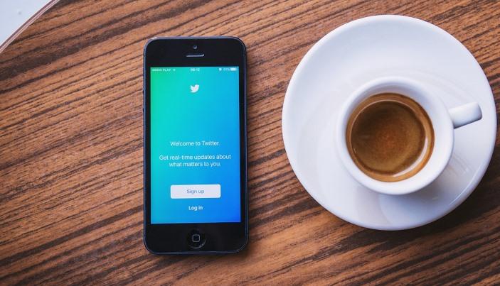 Ruským médiám zakázali šíriť na Twitteri reklamu