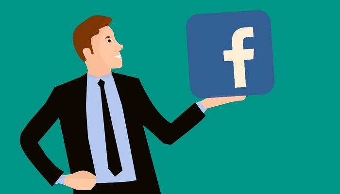 """Zuckerberg v Kongrese vyhlásil, že Facebook vedie s Ruskom """"preteky v zbrojení"""""""
