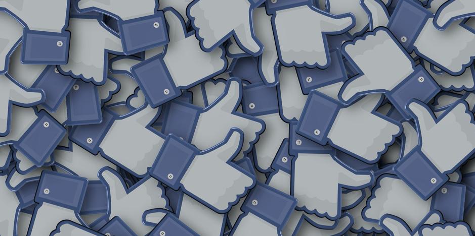 Poslanec Smeru Blaha valcuje dezinformačný Facebook