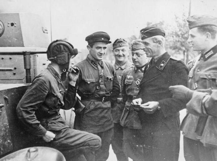 MÝTUS OSLOBODENIA: Sovietizácia strednej a juhovýchodnej Európy (časť 2.)