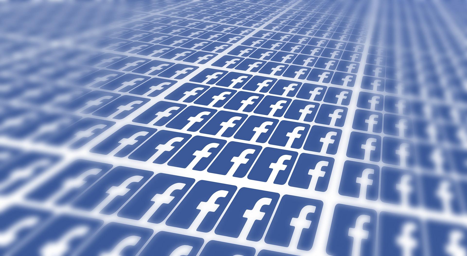 Facebook v boji proti falošným správam pritvrdzuje