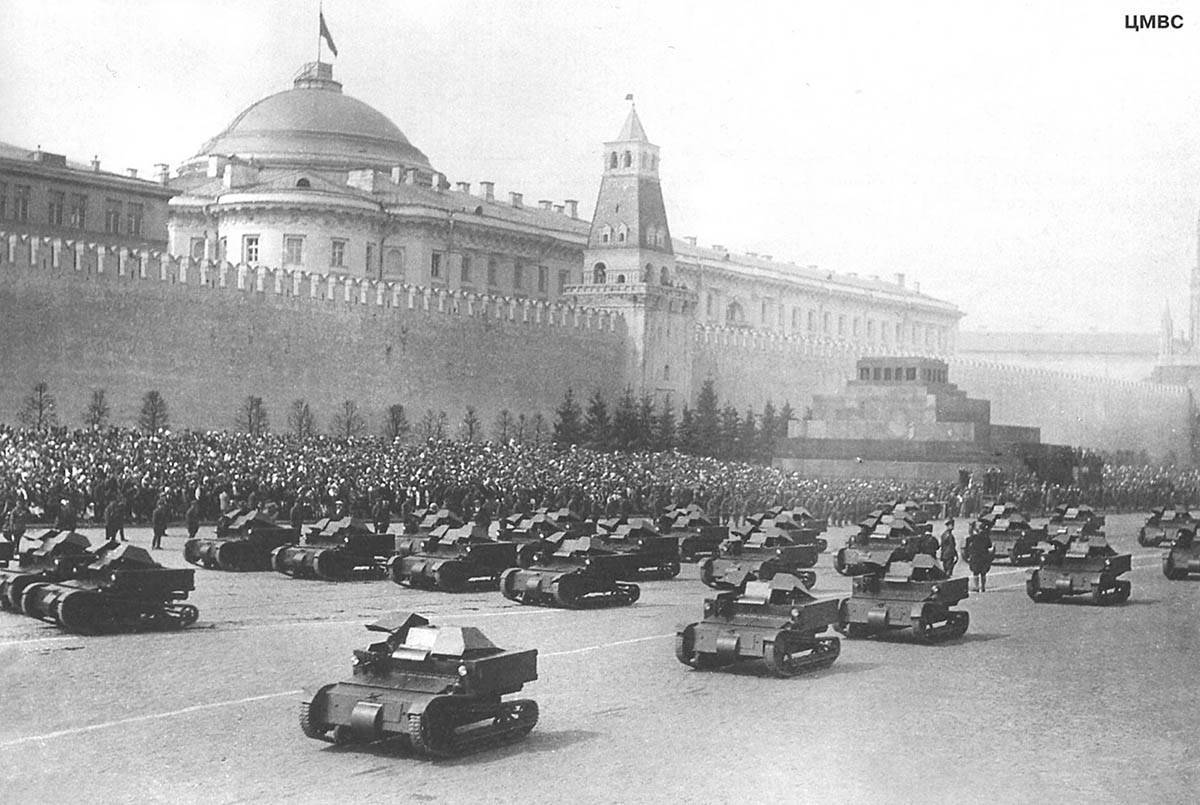 Sto rokov hybridnej vojny Kremľa (IX.)