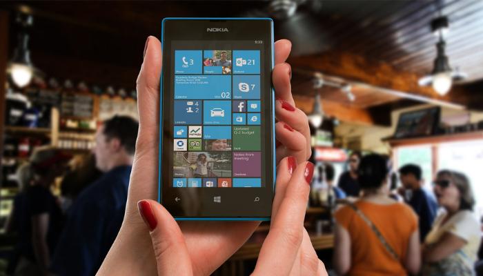 Microsoft ponúka detektor dezinformácií v mobile