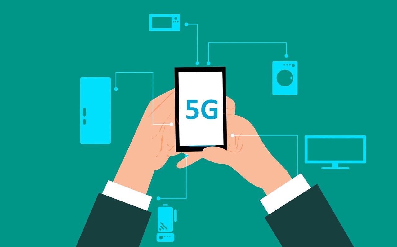 Konšpirácie o 5G sieťach sa z Británie rozšírili aj medzi Slovákmi
