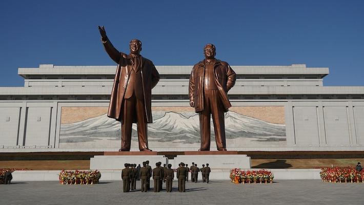Kimovi dochádzajú úspechy, tak ich opakuje