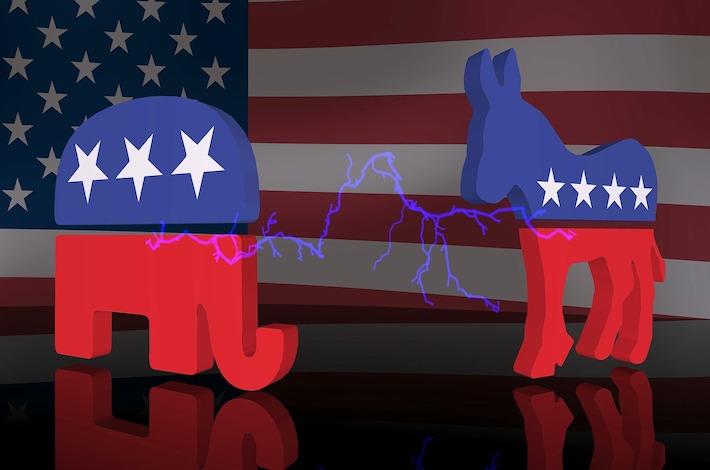 Novú hviezdu amerických republikánov pre konšpirácie odvolali z funkcií v Kongrese